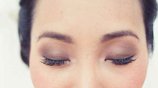 the best eyeshadow shade for your eye color