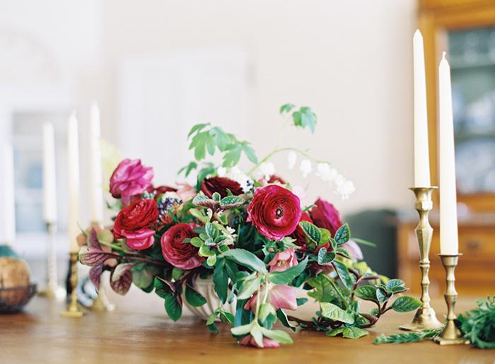 red-floral-arrangements