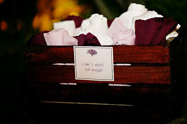 shawl wedding favors