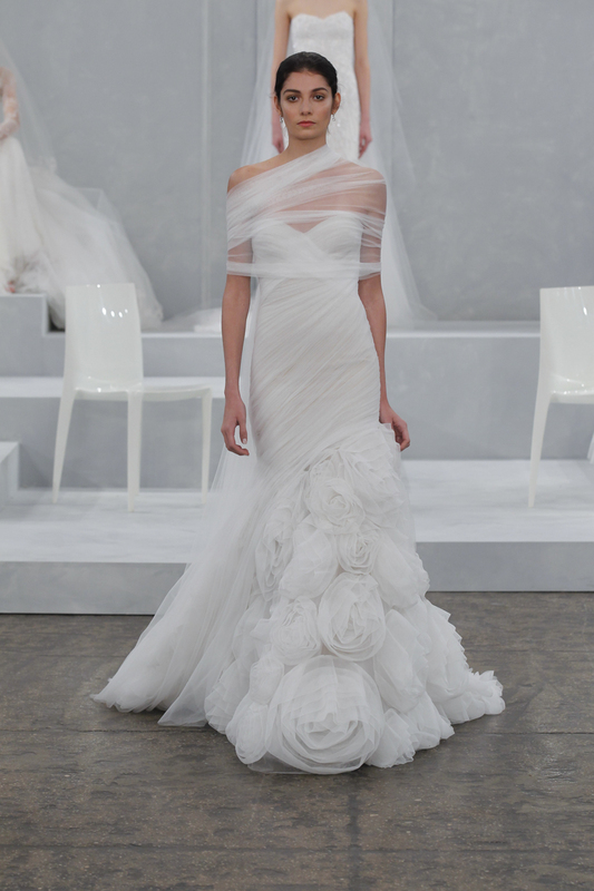 monique lhuillier spring 2015 gown